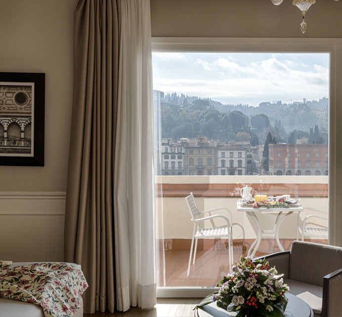 Plaza Hotel Lucchesi Florence  4 Stars hotel Florence  Official Site